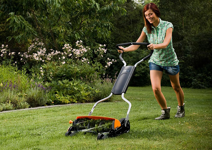 Fiskars StaySharp Reel Mower.