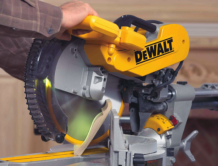 DeWALT DWS779 vs DWS780 Miter Saw | What Are the Differences?